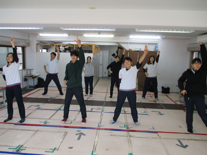 ダンス模擬